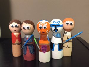 Star Wars peg dolls by @StarWarsPeg