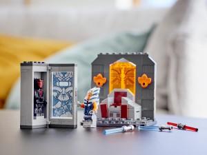 """LEGO's """"Duel on Mandalore"""" playset"""